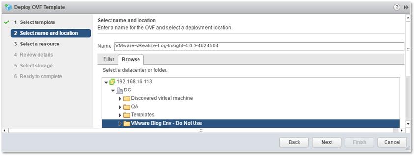 Figure 5 - Selecting the VM folder for Log Insight